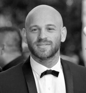 Franck Gastambide Cannes préparation physique par électrostimulation avec la technologie miha bodytech