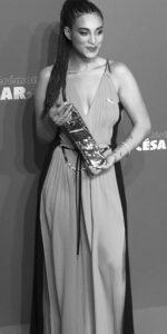 Camélia Jordana césar chanteuse actrice et sportive avec BODYHIT - Electrostimulation Paris
